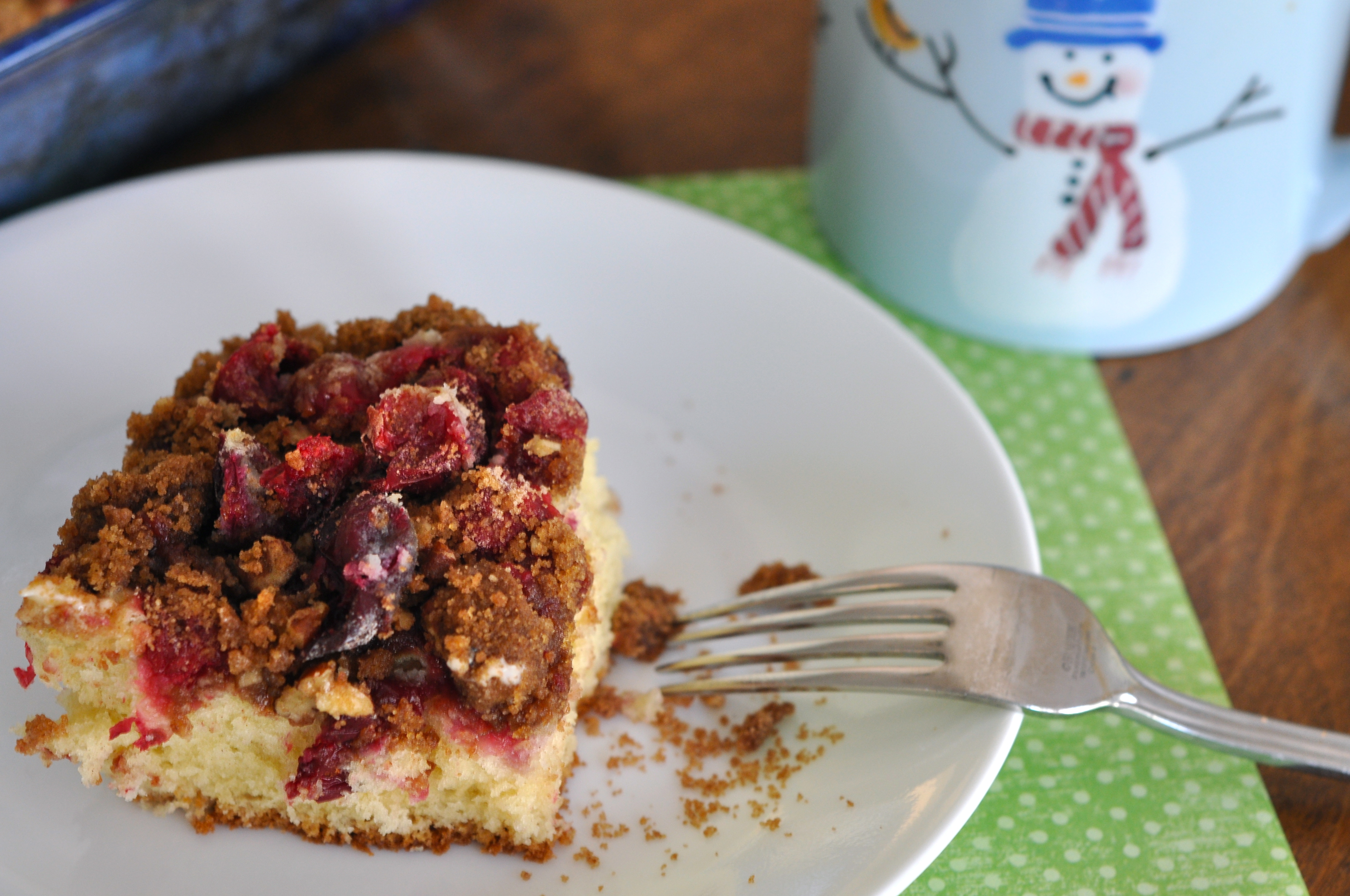 Cranberry Sour Cream Coffee Cake With Streusel Topping